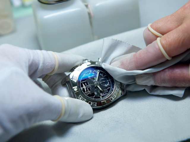 Woodrow Jewelers and Breitling authorized service